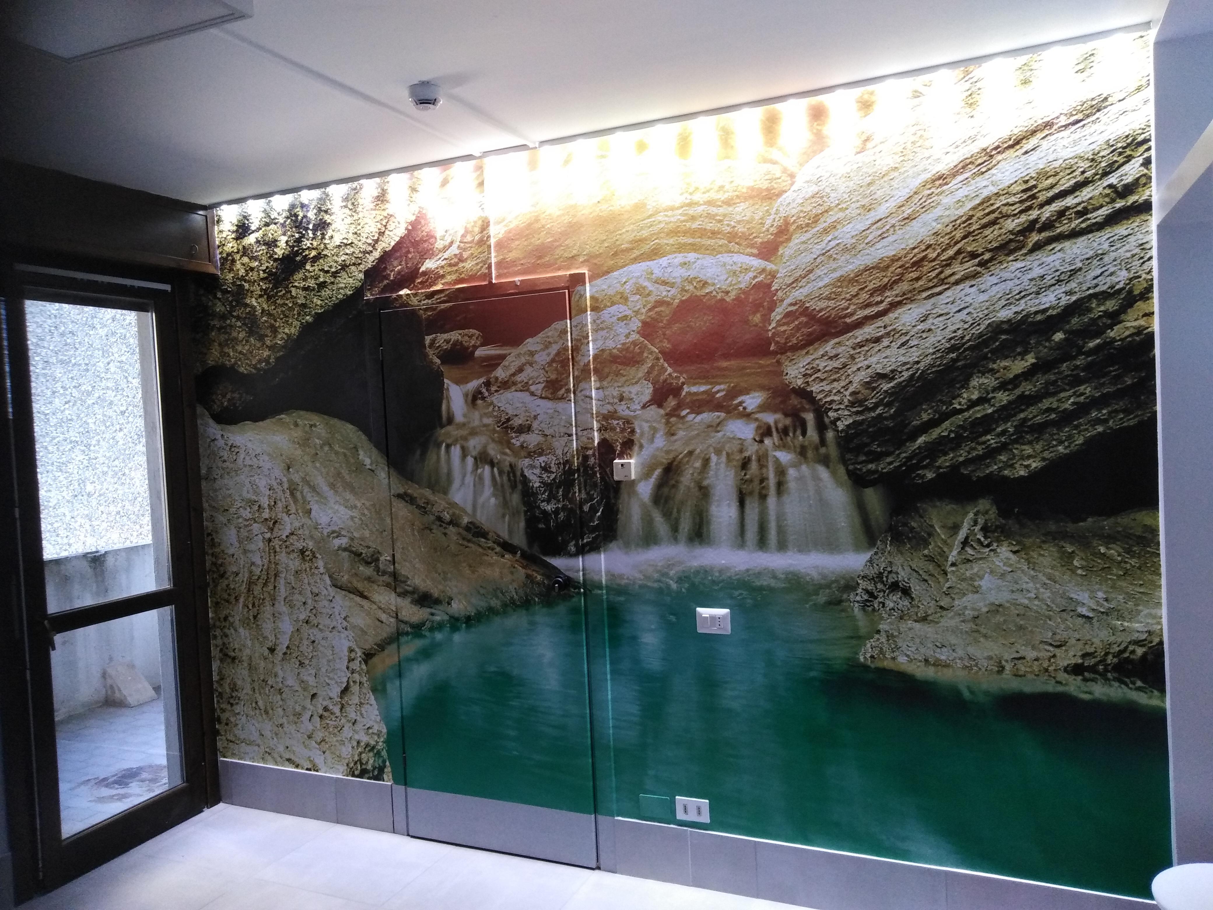 Allestimento con Di-noc e adesivo effetto stucco – Casa di riposo, Monza